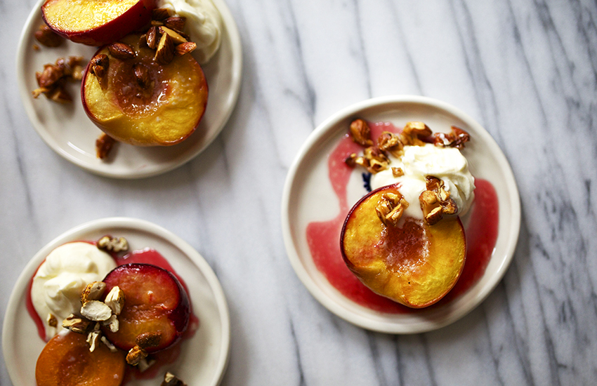 How to caramelize fruit